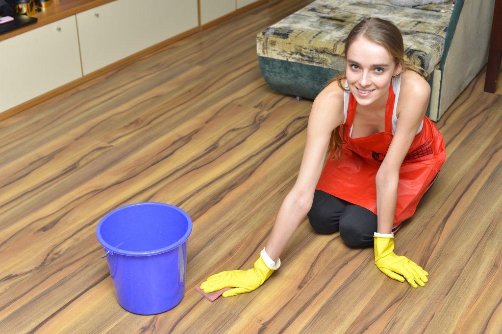 重曹の便利な使い方50選!風呂やトイレ掃除に!敏感肌なら洗濯や入浴剤にも!