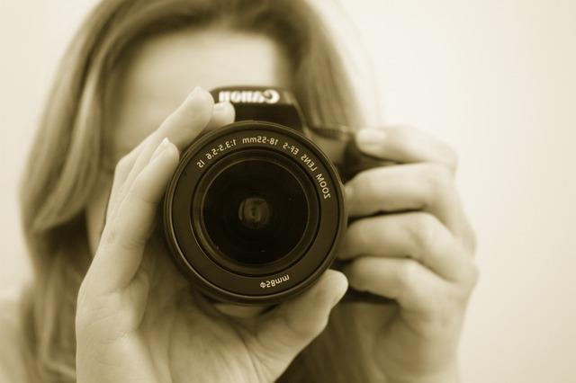 ミラーレス一眼カメラおすすめランキング!初心者や女性に口コミで人気